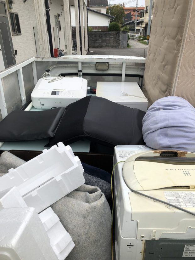 【武雄市】お引っ越しに伴う不用品回収☆ご希望の日程で対応でき、お客様にご満足いただけたようです。