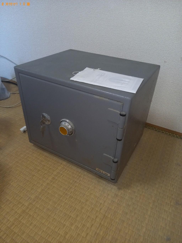 【佐賀市】ロッカー、金庫、スダンドミラー、収納ケース等の回収